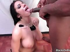 Hot Lylith LaVey Gets Her Face Spunked 2